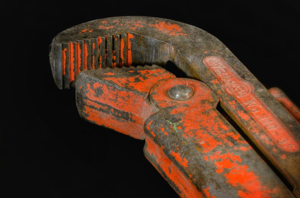 picture of pipe wrench