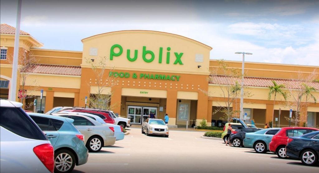 Publix at Boynton Plaza - Front of entrance - Best publix delray beach